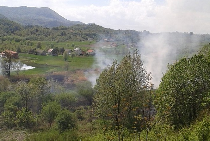 Devet vatrogasaca gasilo požar otvorenog prostora u Purgi Bednjanskoj